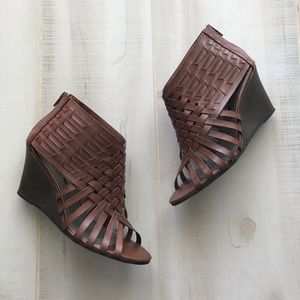 American Eagle Woven Wedge Booties Open Toe 7.5M